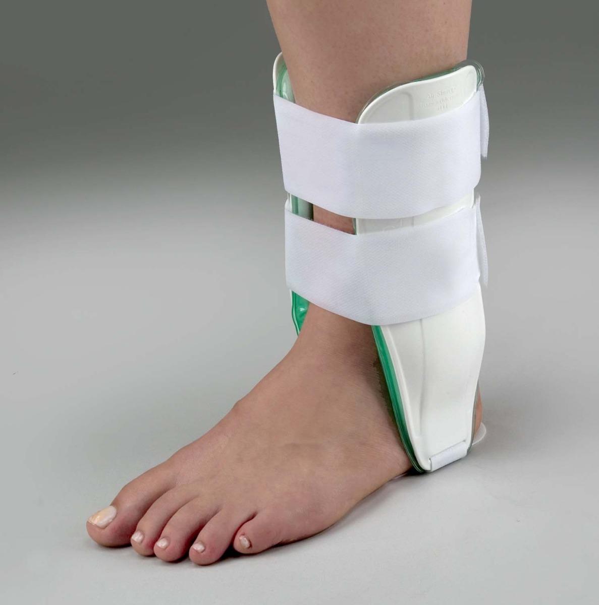 tutori per distorsioni caviglia
